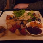Photo de The Girls Restaurant