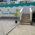 Welcome to Tropical Breeze Villa