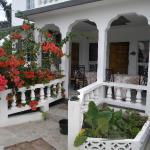 Front entrance to Tropical Breeze Villa