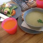 soupe du jour et la tartine, jus de carottes