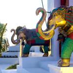 Jumeirah Vittaveli - Swarna Portal Elephants