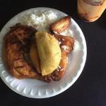 Empanada, Pollo rostizado, arroz blanco y jugo de maracuya