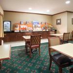 Photo de Holiday Inn Express Greeley