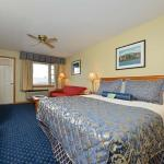 Newport King Room