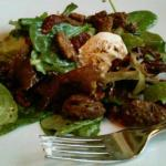 Goat Cheese/candied pecans/cranberry salad