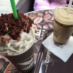 Chocolat viennois, café frappé.