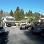 Foto de Grass Valley Courtyard Suites