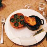 Très bon restaurant disposant d'un cadre agréable et d'un service impeccable. Parfait pour décou