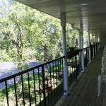 Parkside inn Front