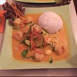 Ming's Lounge & Restaurant