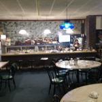 Fong's dining area & bar