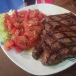 Increíble comida,  los. Mejores cortes de carne qué eh probado en Acapulco