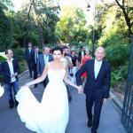 Свадьба (выходим из парка)