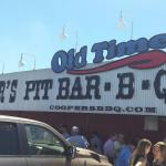 Cooper's Old Time Pit Bar-B-Que照片