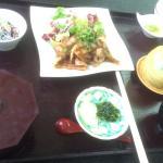 ランチの生姜焼き定食! 温泉後のビールとつまみに 生姜焼き定食をいただいております(^o^)