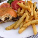 Cheeseburger frites