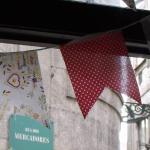 Festa de cor na Rua dos Mercadores