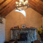 Фотография Lissyclearig Thatched Cottage