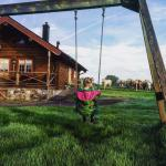 My daughter spent all her time on the swing watching the cows!