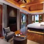 Presidential Pool Villa Bedroom
