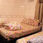 kamar family room