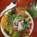 D'Green Salad Store의 사진
