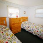 Cottage 8 - Twin Bedroom