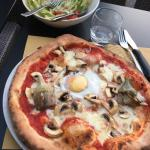 Delicious homemade pizzas. Artichoke toppings were fresh - amazing! Staff delightful.