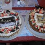 Gâteau au chocolat - gâteau à la framboise = UN REGAL!!!