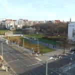 Ehemalige Mauer - Aussicht Ecke Grenzfallstrasse neben Hotel