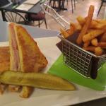 CHEFIES Monte Cristo Sandwich