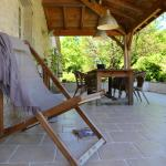 5 cool country cottages and 2 pools, www.boulede.com