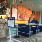 Photo de Bing's Burger Station