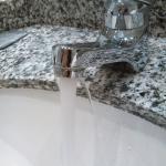 Wasseraustritt Waschbeckenarmatur