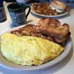 Huge omelet! Great breakfast!