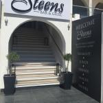 Steens Bar & Grill