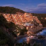 Capella Ixtapa Exterior Night