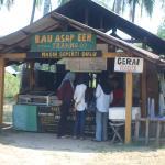 Bau Asap Eeh Stall