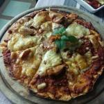 Janine pizza -Northern Thai style pizza :)