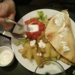 L'incontournable et inimitable hamburger crétois... :-))