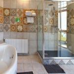 Elegant bathroom with jacuzzi