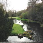 Et au milieu coule une rivière......
