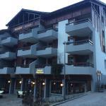 Hotel Allalin Foto