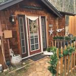 Entrance - Annie's Mountain Retreat Photo