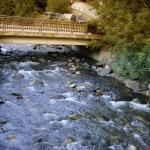 un rio cercano