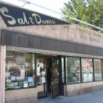 Sal & Dom's Pastry Shop - the best for Italian pastries