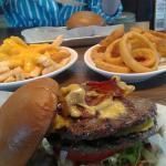 Motorcity Burgers & Co