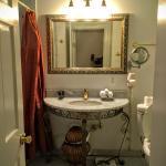X Room Bathroom