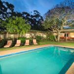 Kariega Homestead private lodge with pool and garden