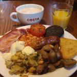 The Full English Breakfast, DELICIOUS!